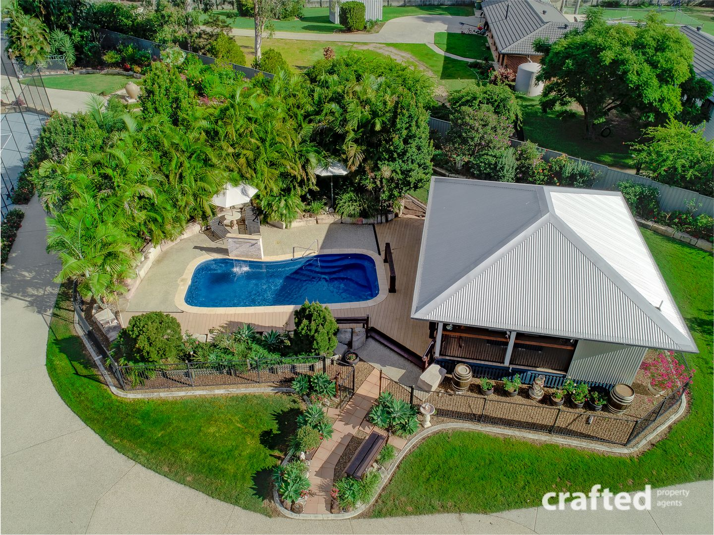 7 Staff Place, Forestdale QLD 4118, Image 2