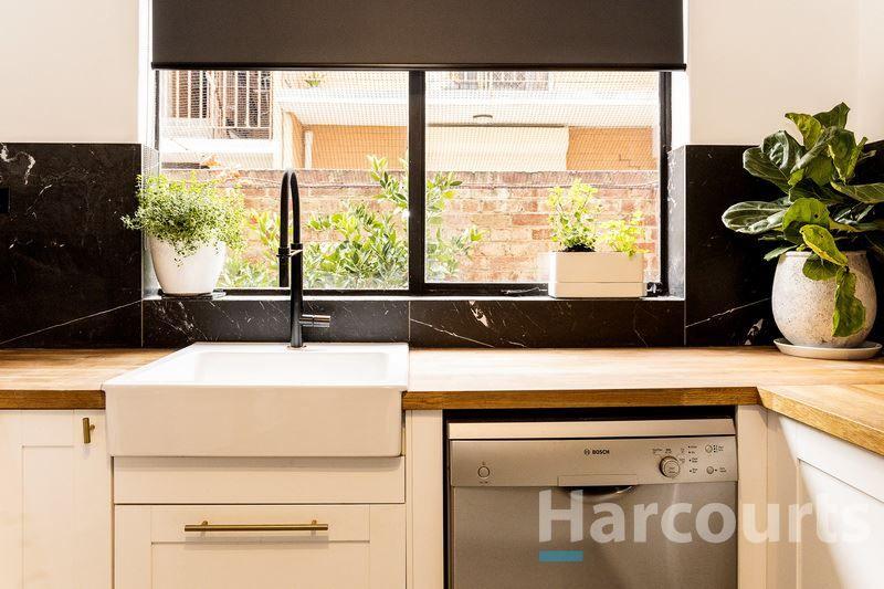 2/70 Droop, Footscray VIC 3011, Image 2