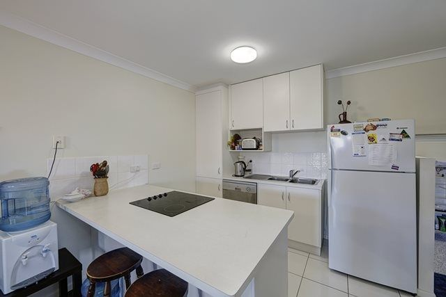 3/2 King Street, Bundaberg North QLD 4670, Image 1