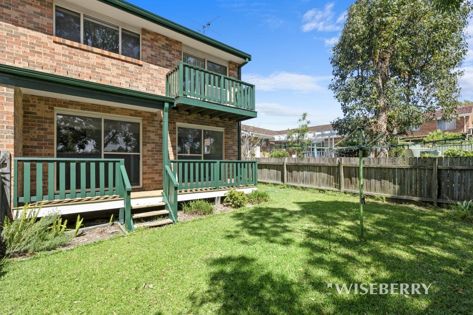 2/8 Lonsdale Close, Lake Haven NSW 2263, Image 0