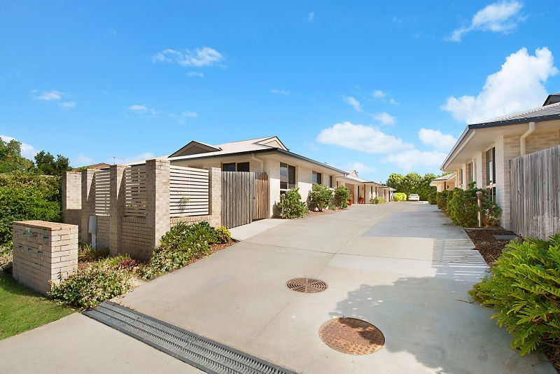 2/12 second Ave, Beachmere QLD 4510, Image 2