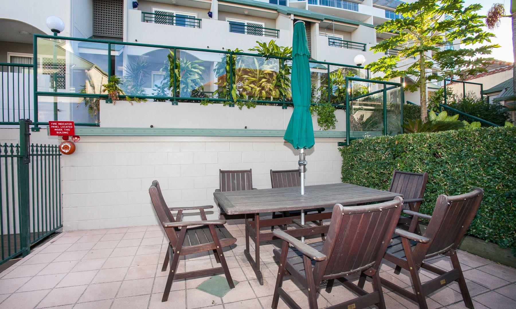 18/23 Edmondstone Street, South Brisbane QLD 4101, Image 2
