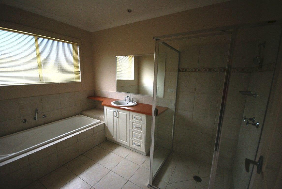 9 Birkdale Terrace, Wodonga VIC 3690, Image 1