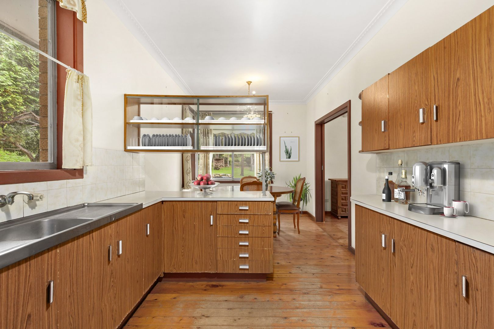 196 Brokers Road, Mount Pleasant NSW 2519, Image 1