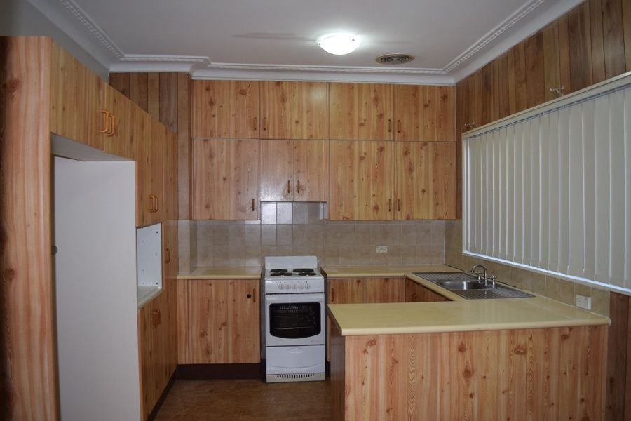 79 PRINCES  STREET, Guildford West NSW 2161, Image 2
