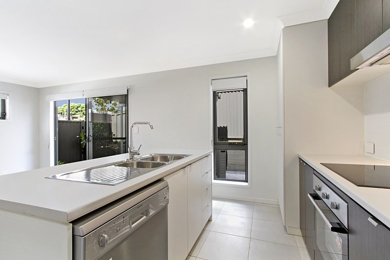 209/25 Farinazzo Street, Richlands QLD 4077, Image 2