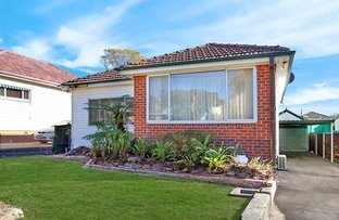 Picture of 18 Greenland Avenue, Peakhurst NSW 2210