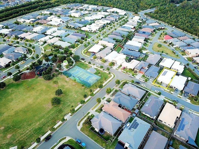 42 Landsdowne Drive, Ormeau Hills QLD 4208, Image 2