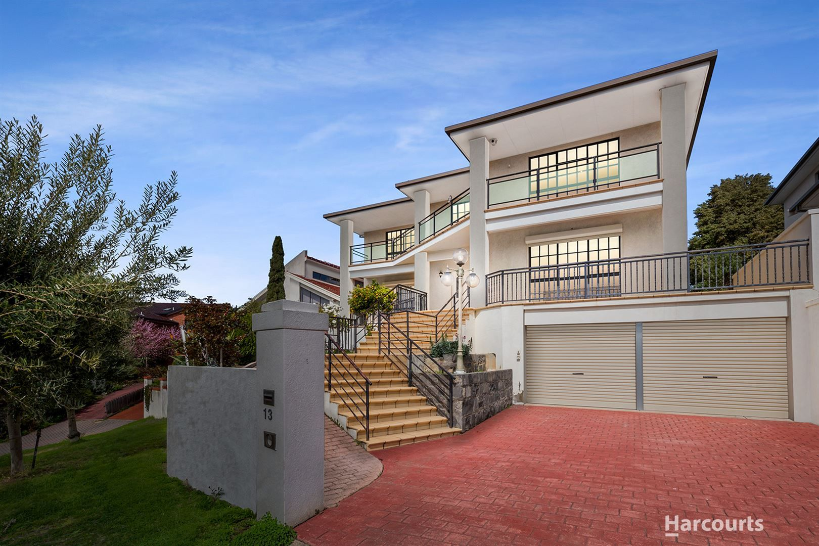 13 Waltham Place, Avondale Heights VIC 3034, Image 0