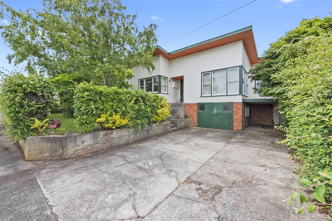 28 Middle Road, Devonport TAS 7310, Image 0