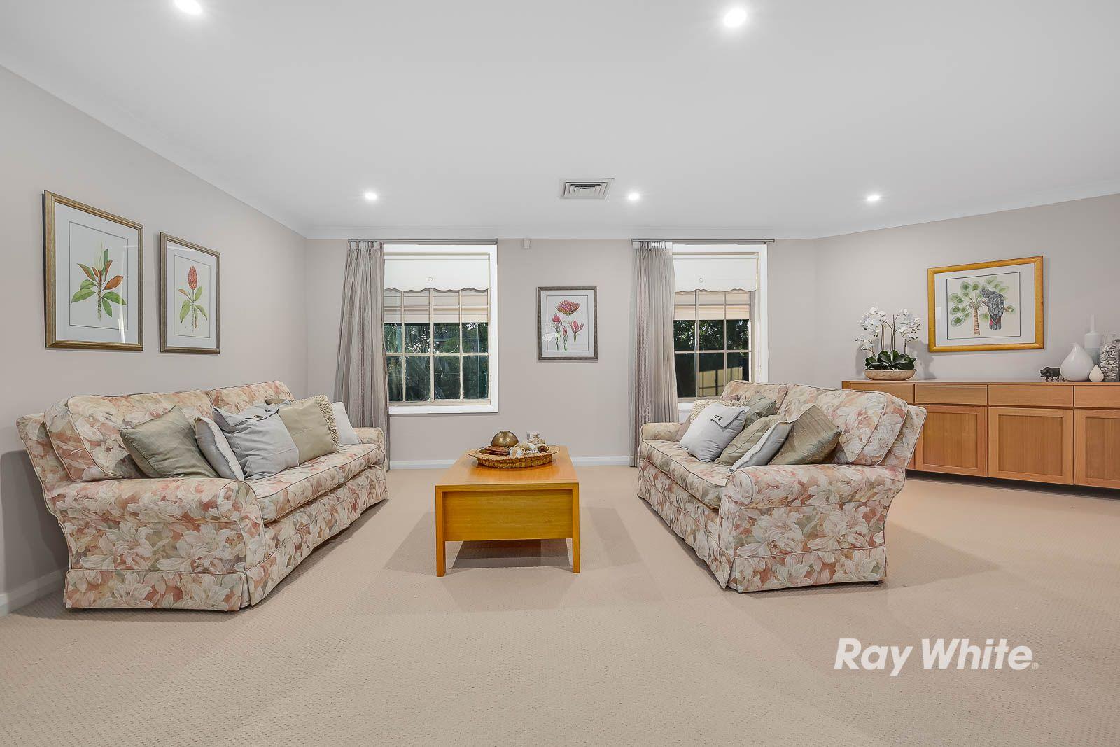 16 Chiltern Crescent, Castle Hill NSW 2154, Image 1