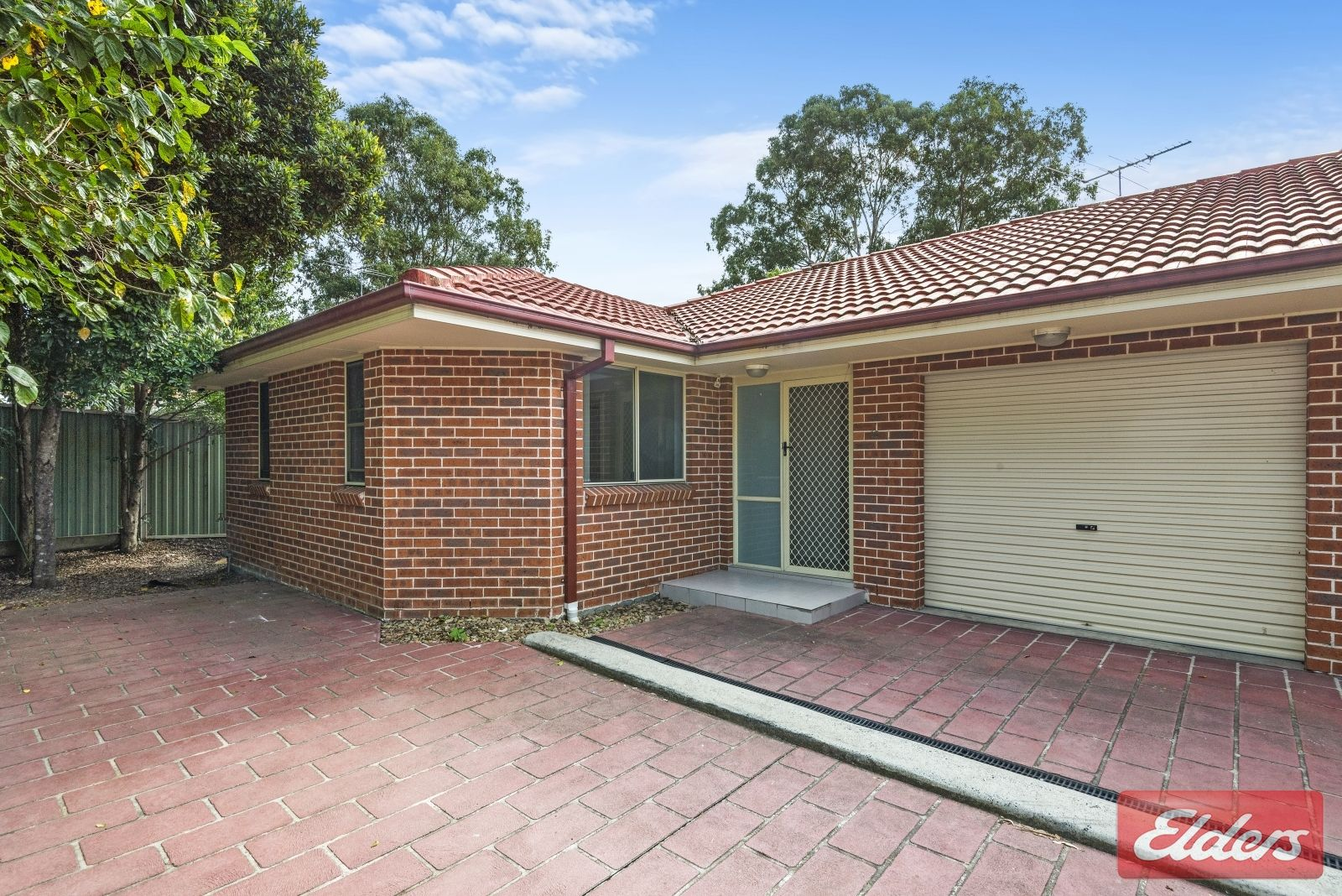 12 Tungarra Road, Girraween NSW 2145, Image 0