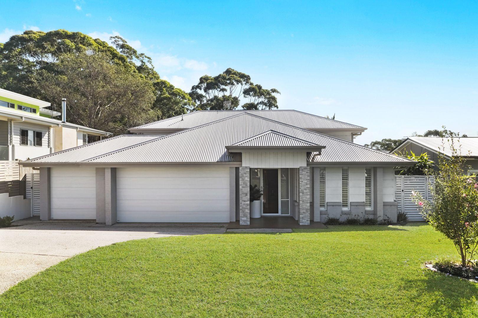 10 Endeavour Drive, Avoca Beach NSW 2251