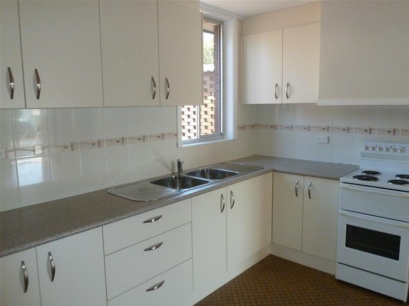 7 Barellan Avenue, Dapto NSW 2530, Image 1