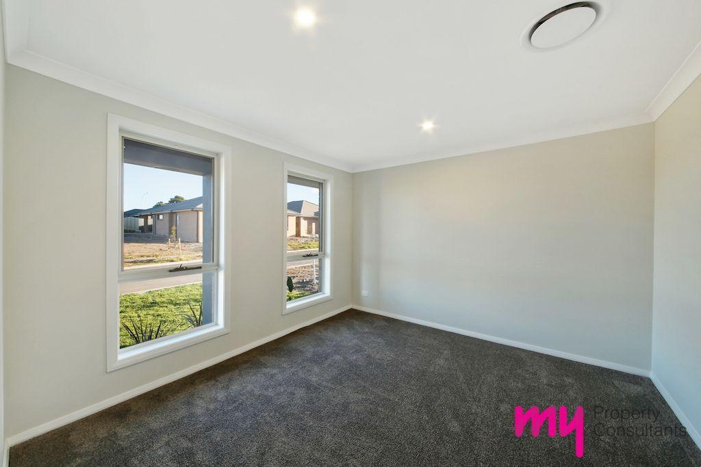 18 Arena Street, Spring Farm NSW 2570, Image 1