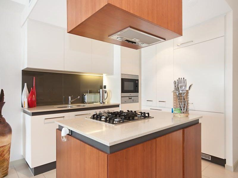 1603/6 Mariners Dr, Townsville City QLD 4810, Image 2