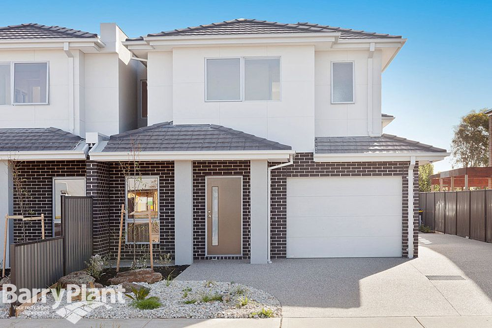 1/12 La Rochelle Boulevard, Point Cook VIC 3030, Image 0