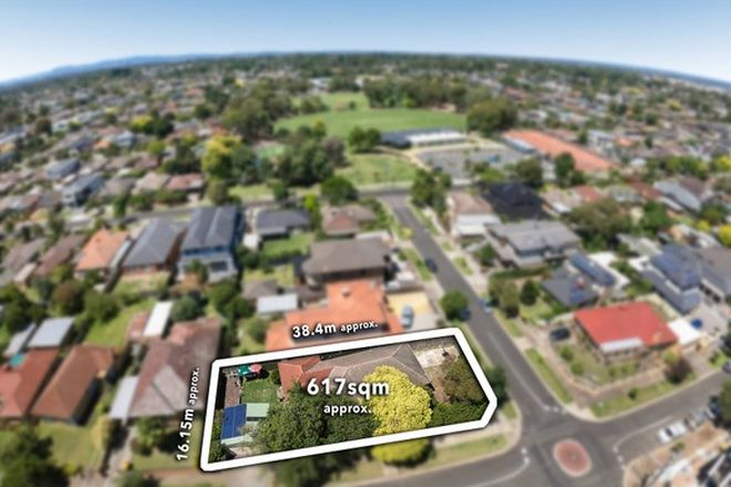 Picture of 21 Leonie Avenue, BENTLEIGH EAST VIC 3165