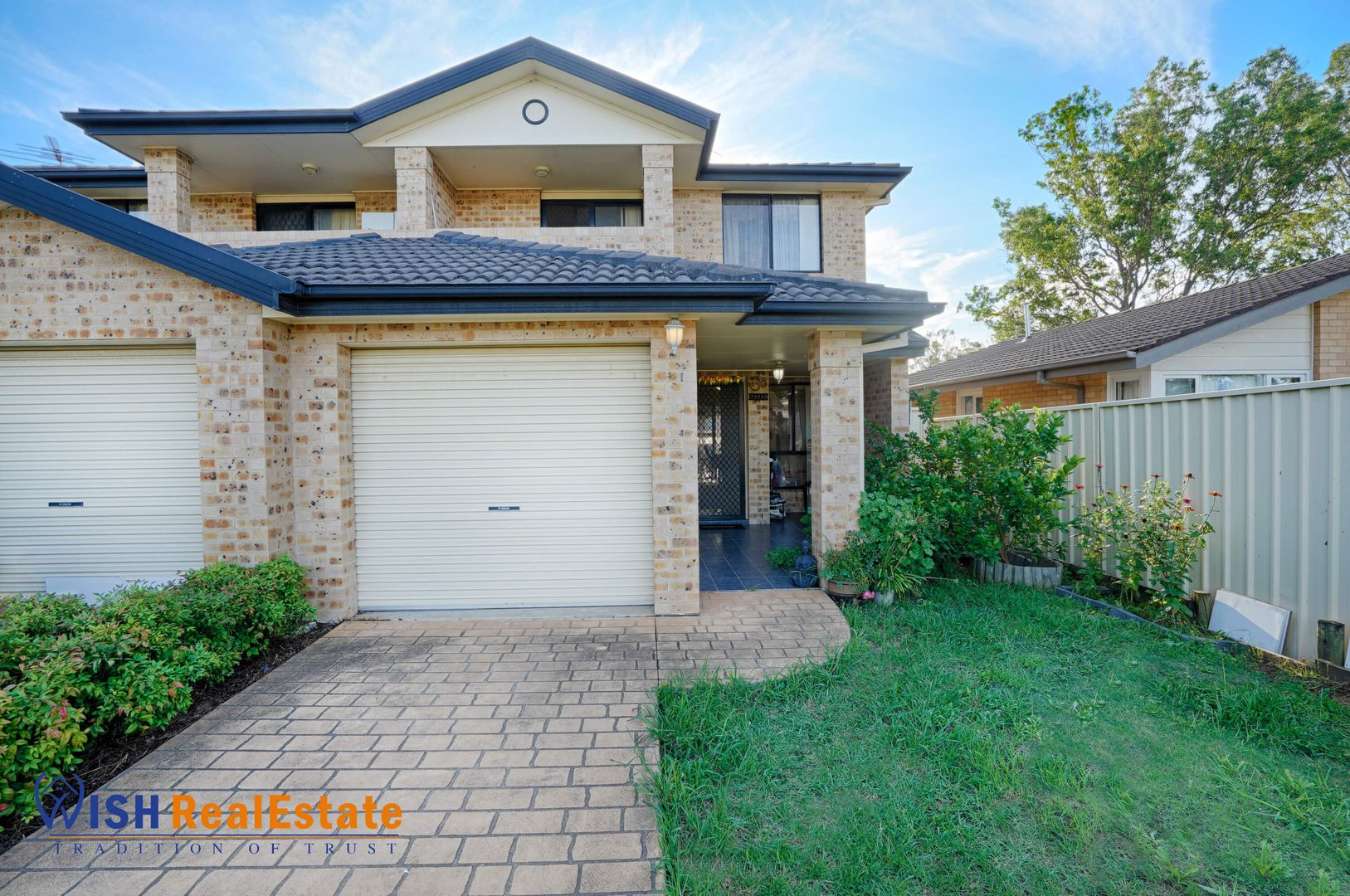 1/14 Westringia Place, Macquarie Fields NSW 2564, Image 0