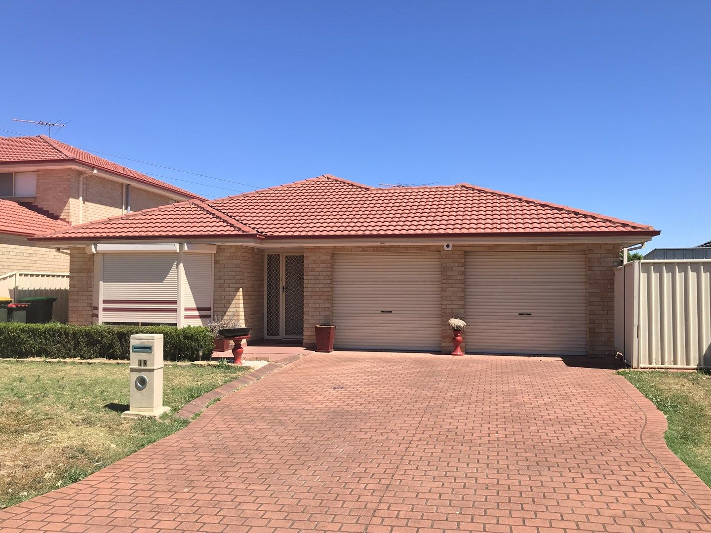 19 Coffs Harbour Avenue, Hoxton Park NSW 2171, Image 0