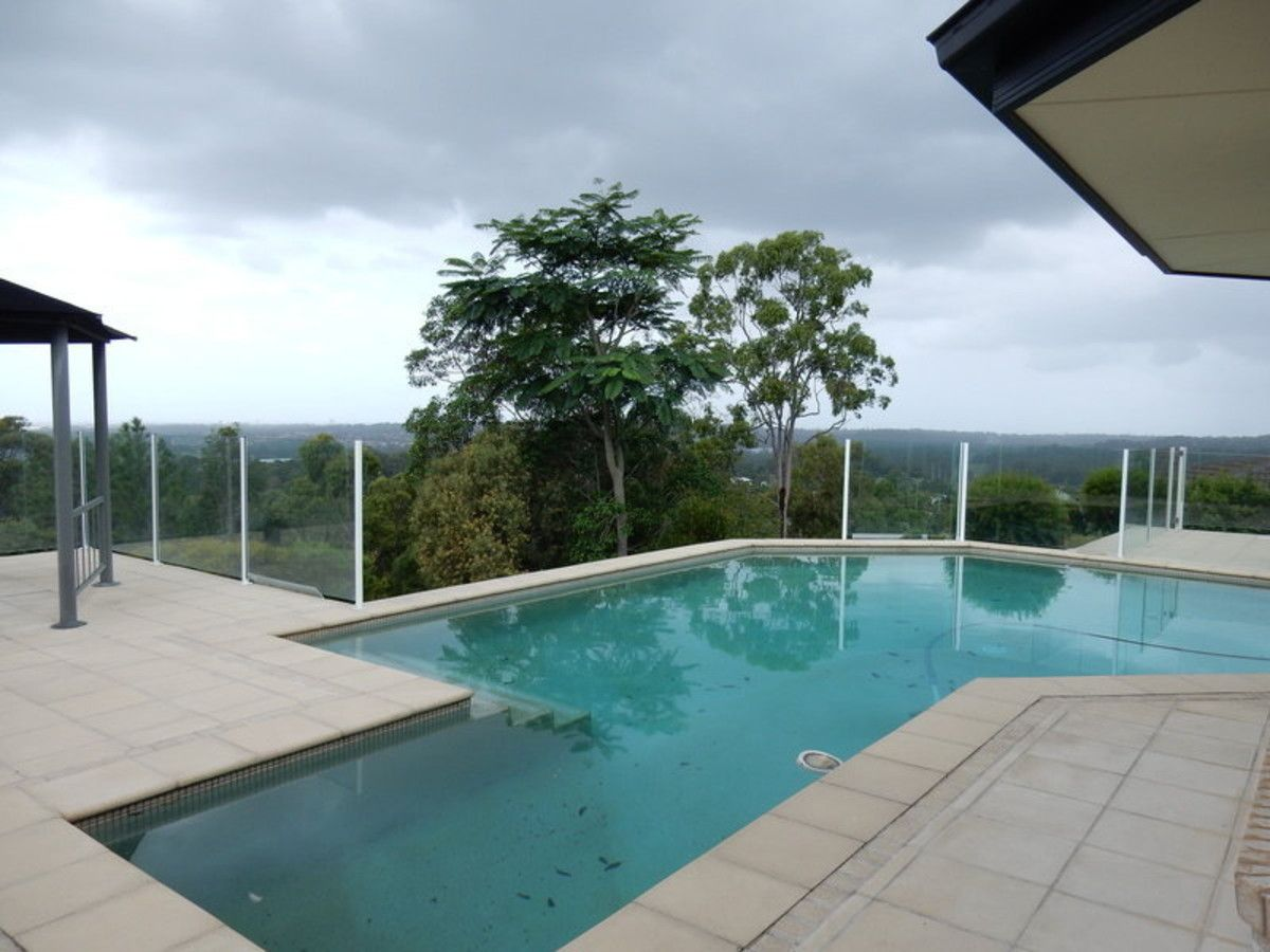 27 Pago Terrace, Pacific Pines QLD 4211, Image 0