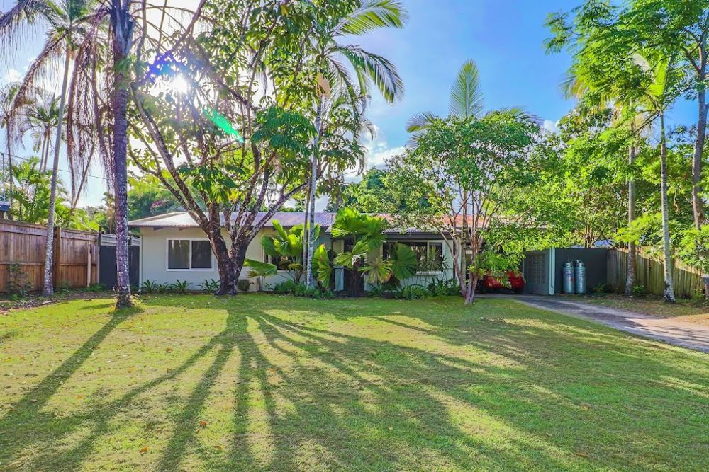 5 Cassava Street, Holloways Beach QLD 4878, Image 0