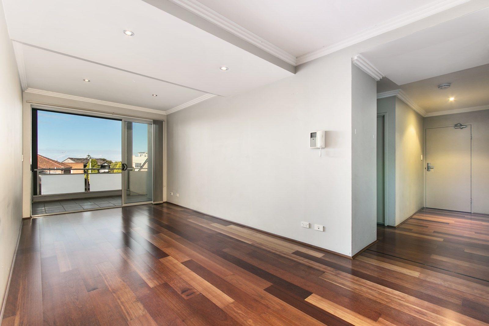 18/5 Croydon  Street, Petersham NSW 2049, Image 2