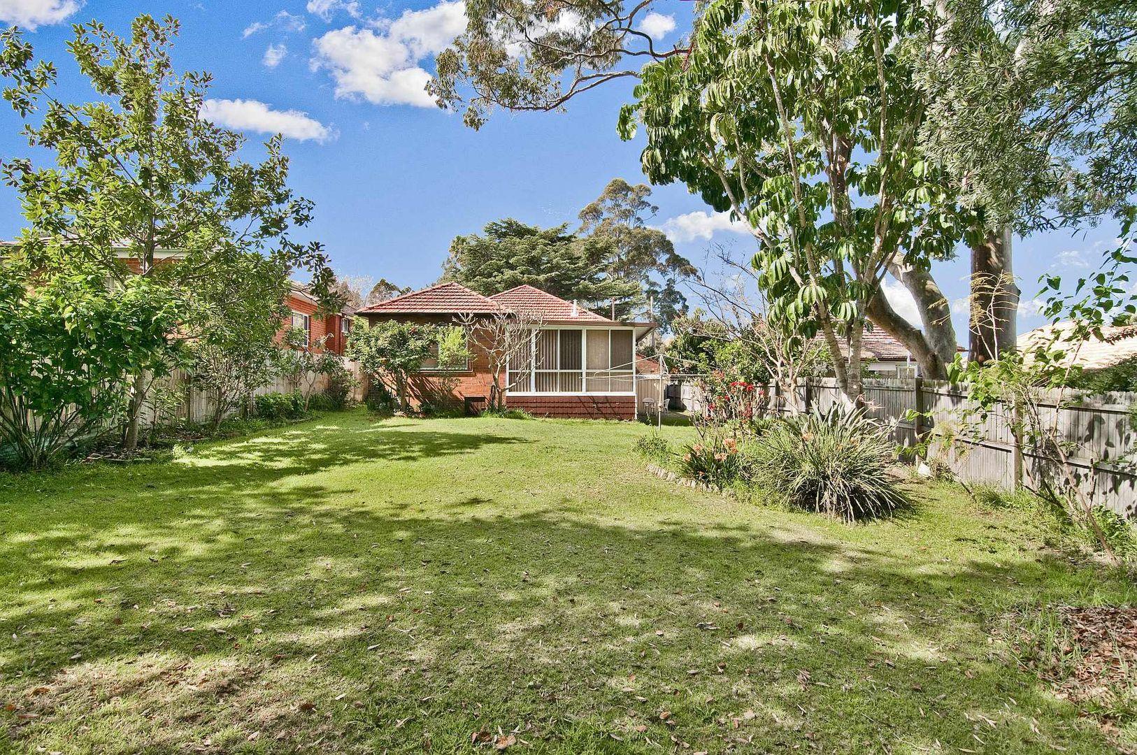 8 Clive Street, Roseville NSW 2069, Image 2