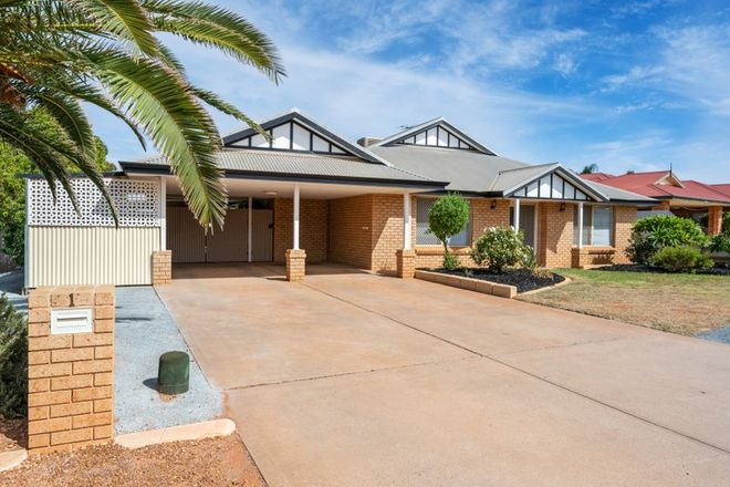 Picture of 1 Riverina Way, HANNANS WA 6430