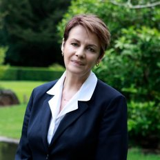 Helen Milner, Sales representative