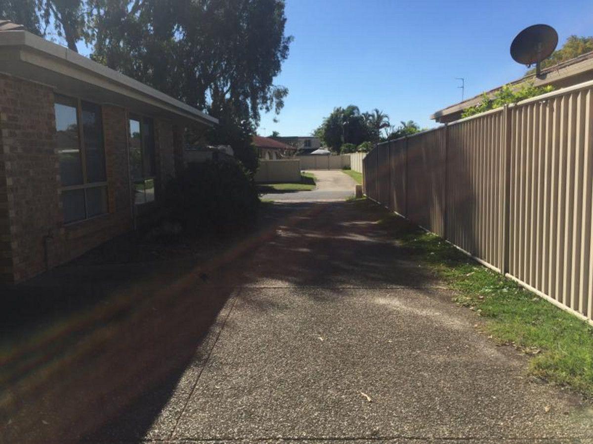 2/19 Eurimbula Court, Paradise Point QLD 4216, Image 2