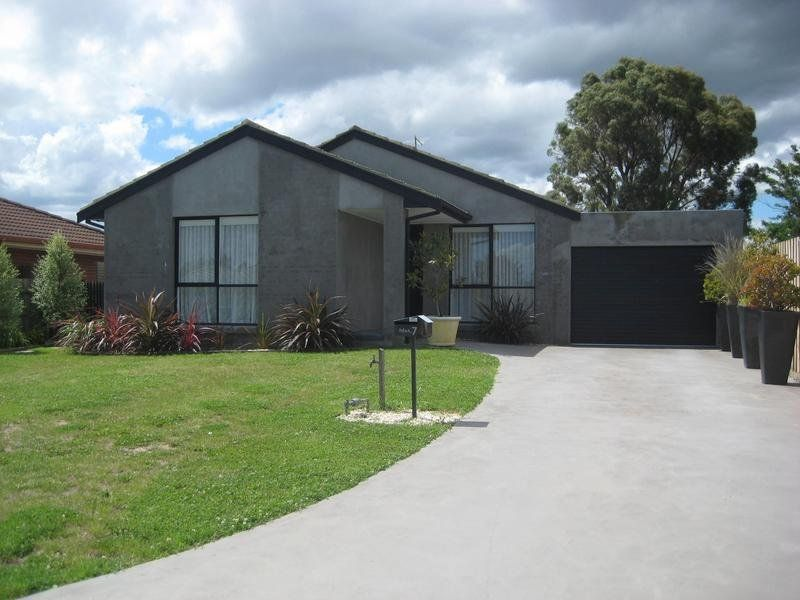 7 Pinnacle Place, Berwick VIC 3806, Image 0