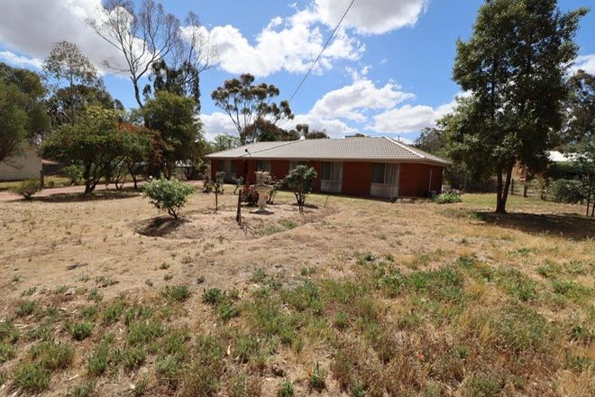 Picture of 18 Shakespere Street, HEATHCOTE VIC 3523
