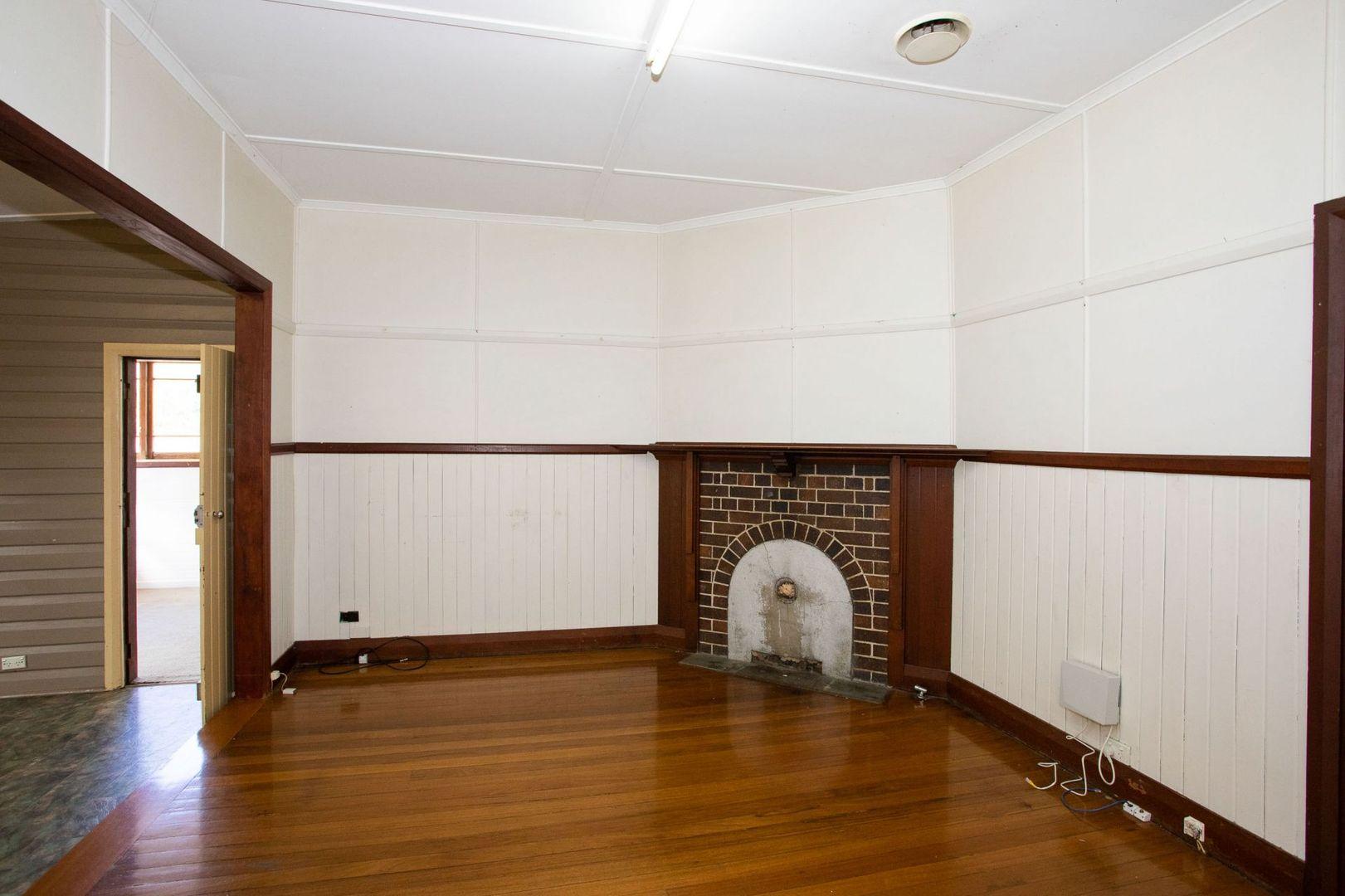 113 Jeffrey Street, Armidale NSW 2350, Image 2