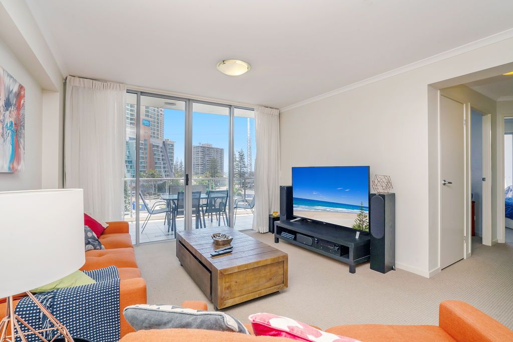 163/21 Cypress Avenue, Surfers Paradise QLD 4217, Image 2