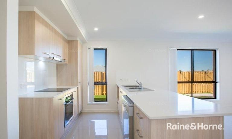 5 Swallowtail Street, Rosewood QLD 4340, Image 1