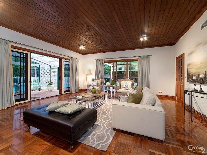 9 Governor Phillip Pl, West Pennant Hills NSW 2125, Image 2