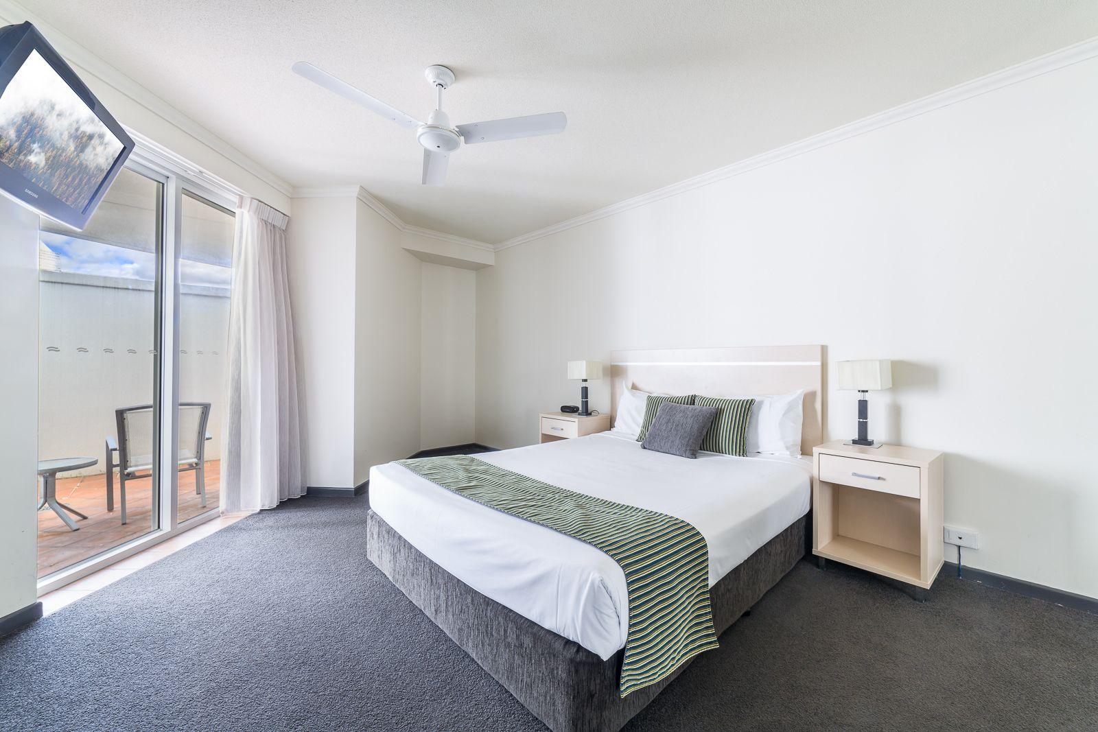 26/132 Ferny Avenue, Surfers Paradise QLD 4217, Image 2