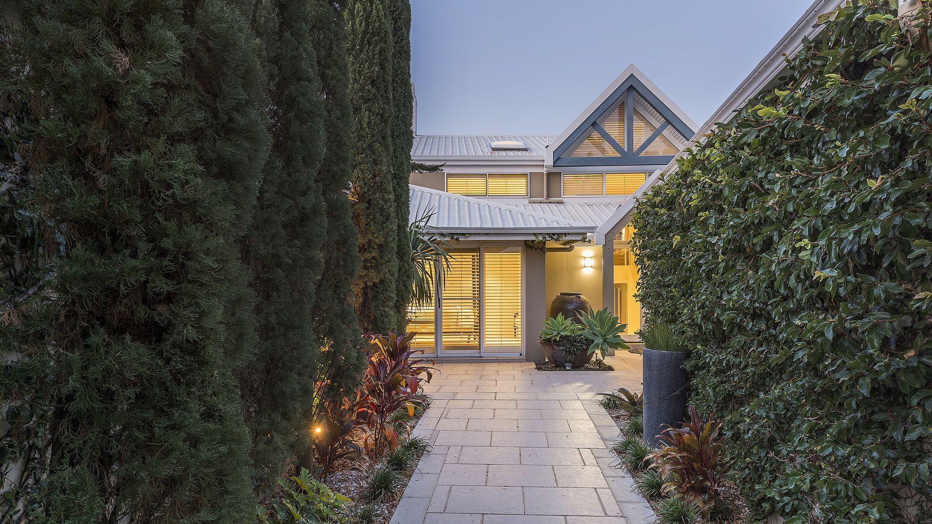 5670 Harbour Terrace, Sanctuary Cove QLD 4212, Image 1