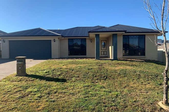 Picture of 29 Roselawn Drive, ORANGE NSW 2800