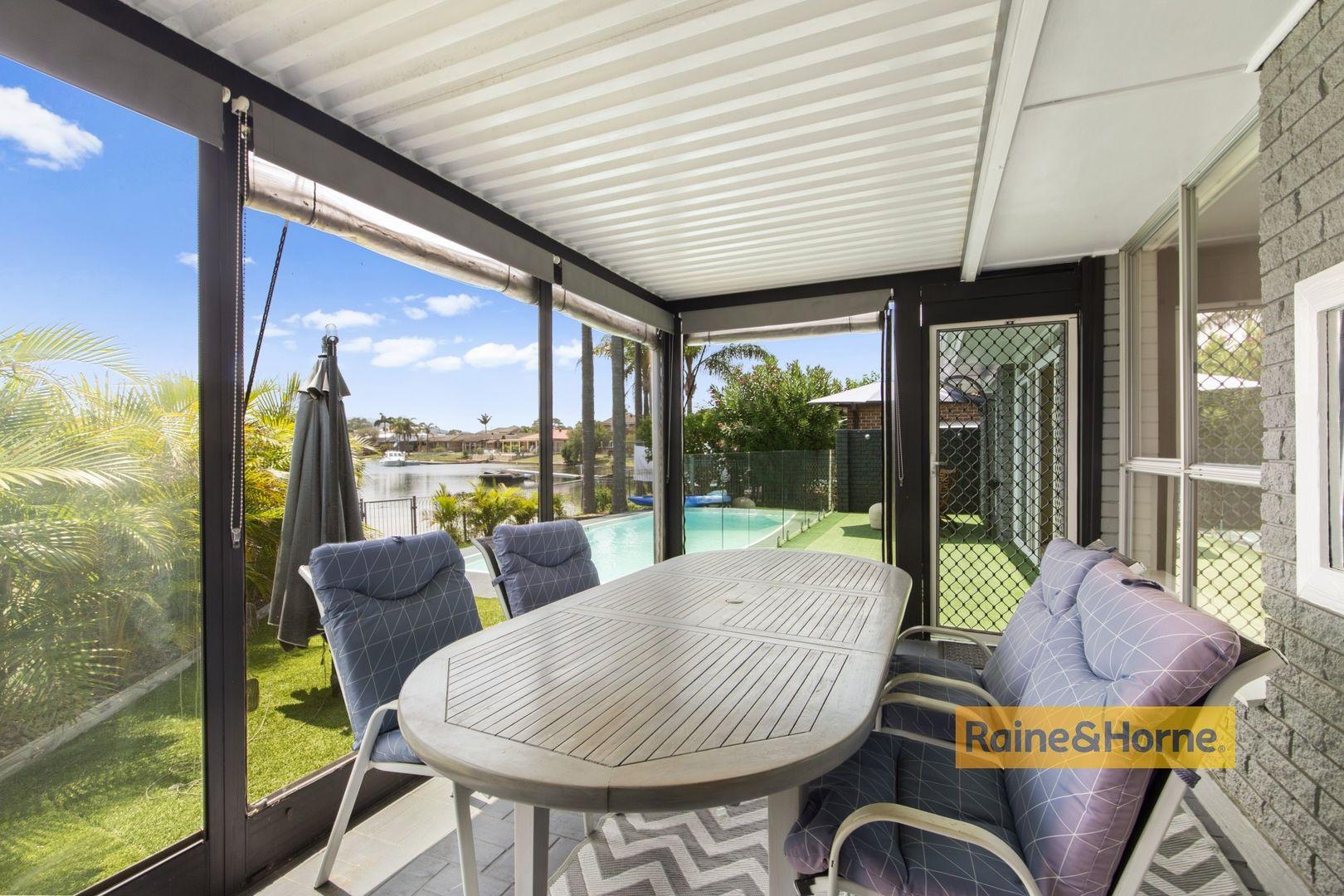 33 Mainsail Avenue, St Huberts Island NSW 2257, Image 2