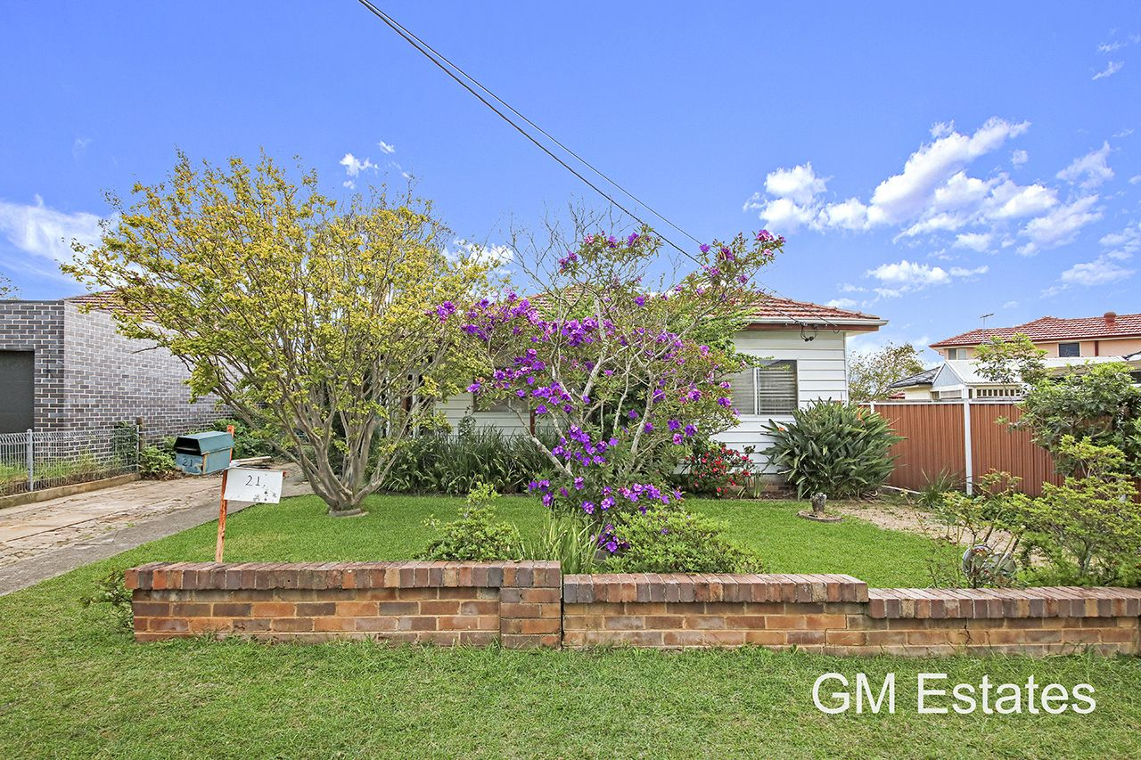 21 Denny Road, Picnic Point NSW 2213, Image 0