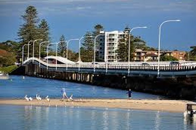 Picture of 1/8 Barclay Close, TUNCURRY NSW 2428