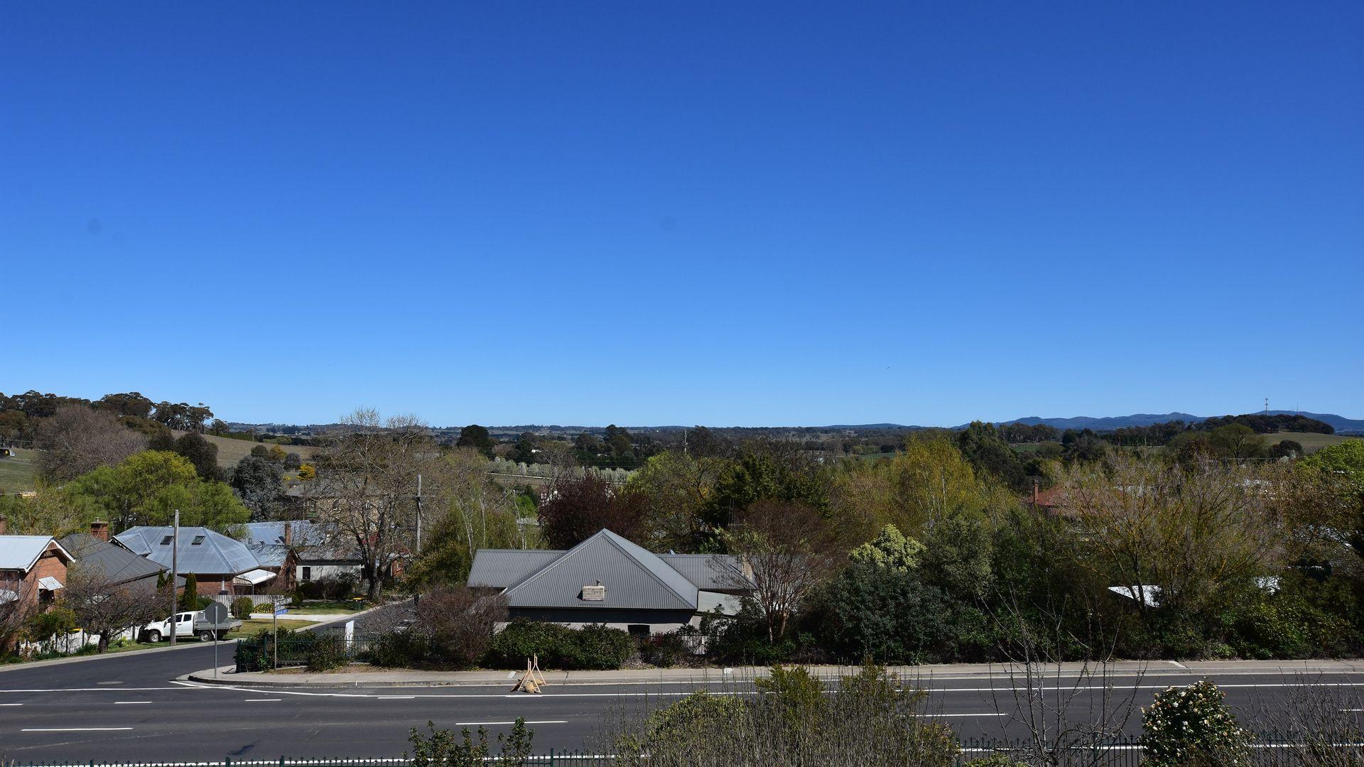10 Park Street, Millthorpe NSW 2798, Image 2