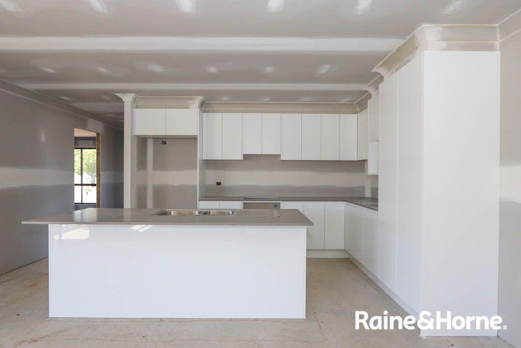 31a Cox Lane, Eglinton NSW 2795, Image 1