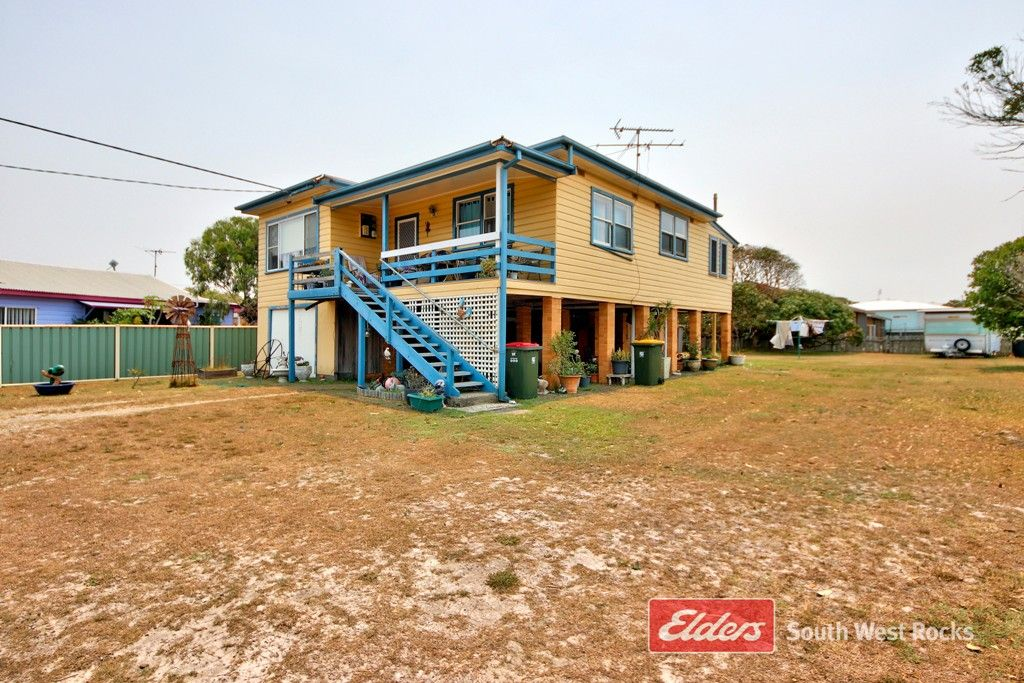3 Myrtle St, Hat Head NSW 2440, Image 0