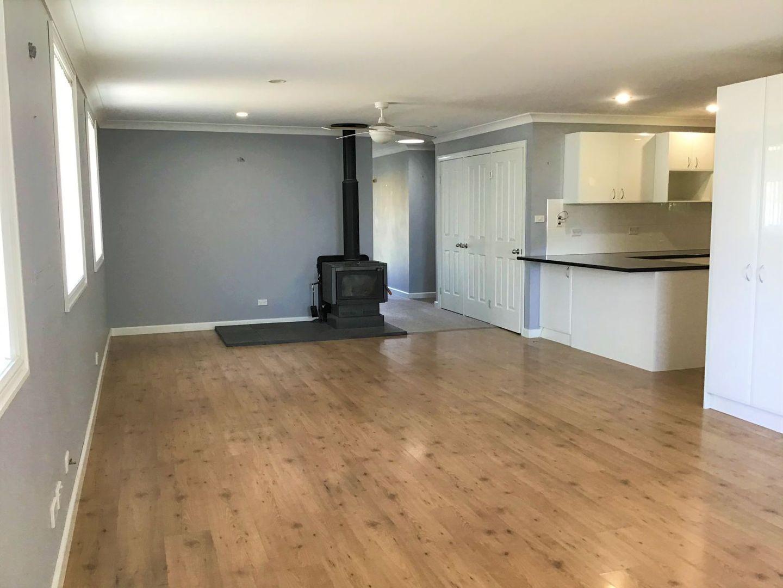 25 Balfour Street, Oberon NSW 2787, Image 2