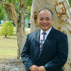 Tak Takenaka, Sales Consultant