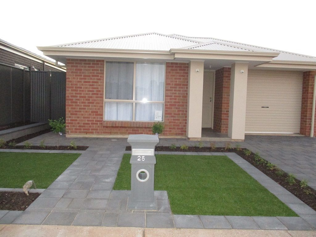 25 St Georges Way, Blakeview SA 5114, Image 0