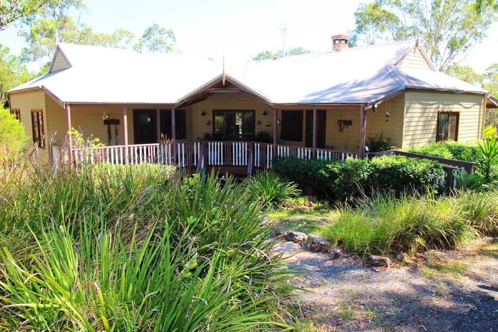 126 Clarke Street, Pindimar NSW 2324, Image 0